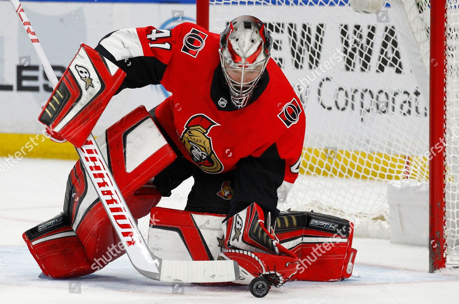 Ottawa Senators Goalie Craig Anderson Makes Save Editorial Stock