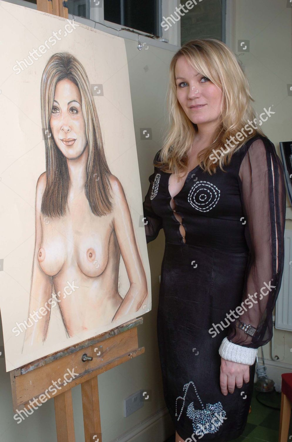 Artist Georgea Blakey With Her Portrait Of Tv Presenter Catherine Mcqueen.  An Increasing Number Of