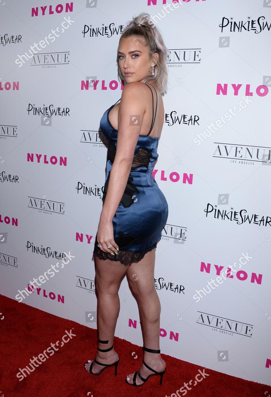 Adrianna Lynn Nude Photos 84