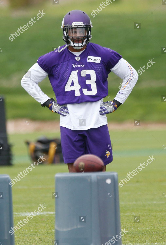 finest selection d7734 456eb Minnesota Vikings linebacker Reshard Cliett works out ...
