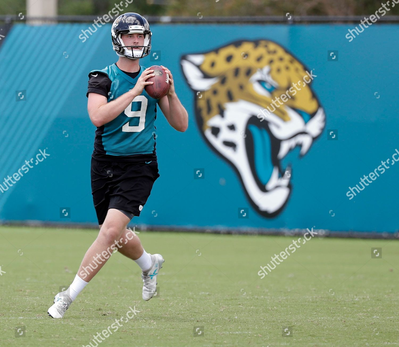 online retailer f8cd4 46721 Jacksonville Jaguars punter Logan Cooke 9 runs Editorial ...