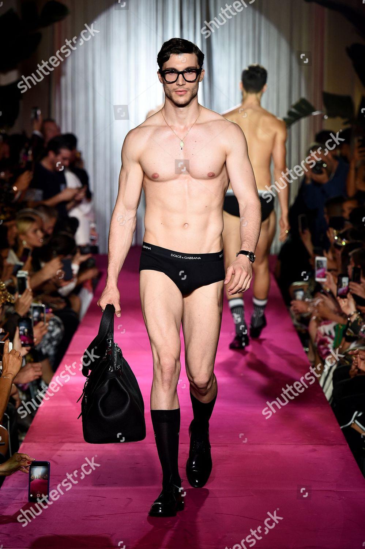 Think, Naked men runway models much necessary