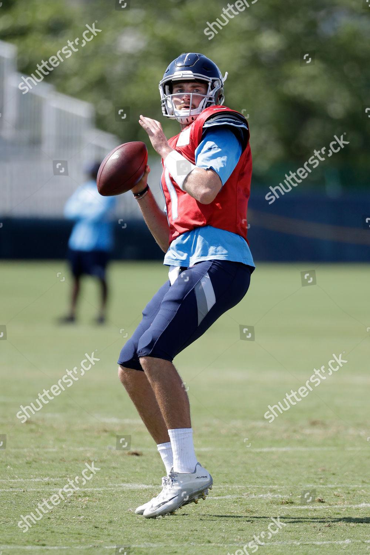free shipping 62e4f 7a22e Tennessee Titans quarterback Luke Falk passes during ...