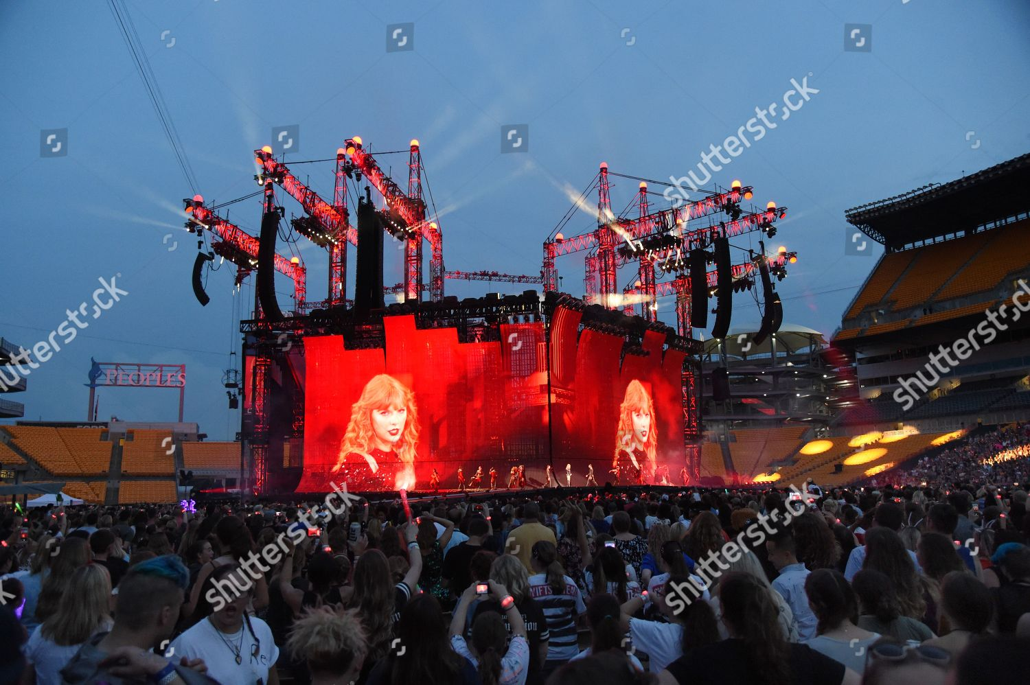 Taylor Swift Concert Heinz Field Pittsburgh Pa Editorial Stock Photo Stock Image Shutterstock