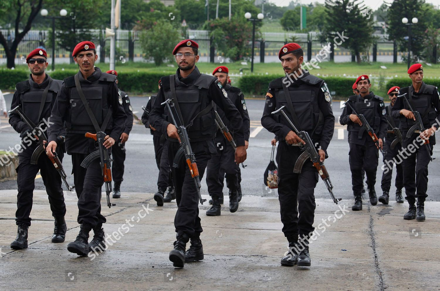 Police commandos arrive take their position during Editorial
