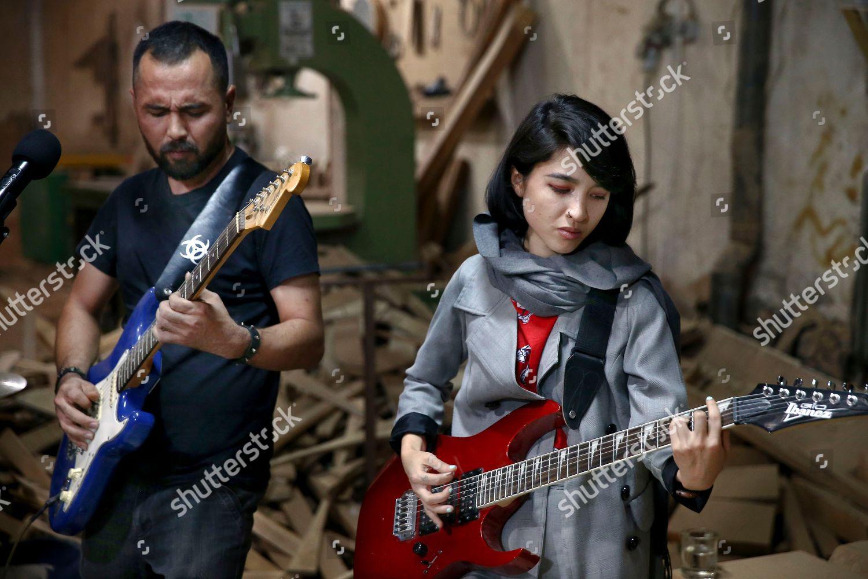 Phongchi (b. 1990 Vietnamese descent Hot video Leslie Dwyer (1906?986),Kate Jason