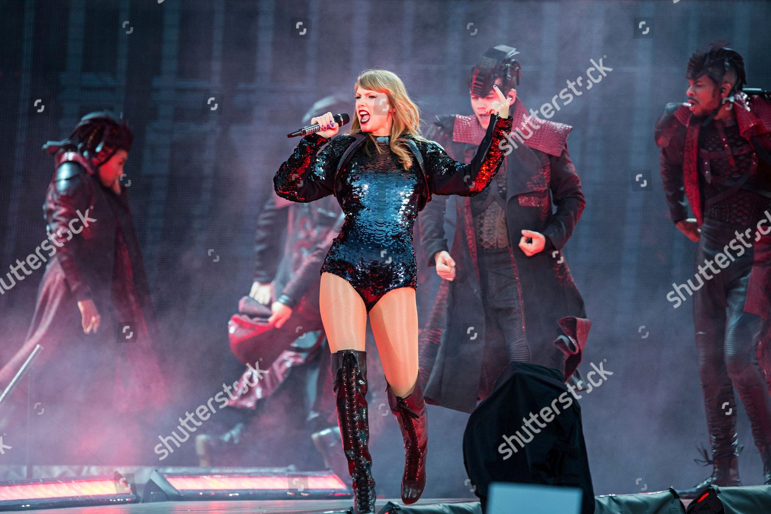 Taylor Swift Performs During Taylor Swifts Reputation Editorial Stock Photo Stock Image Shutterstock