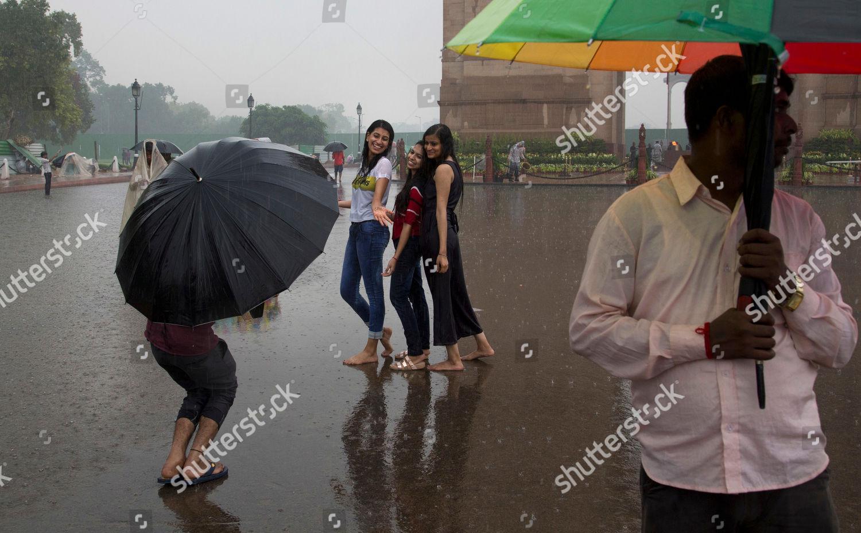 https://editorial01.shutterstock.com/wm-preview-1500/9856381a/6a8ba4cf/weather-new-delhi-india-shutterstock-editorial-9856381a.jpg