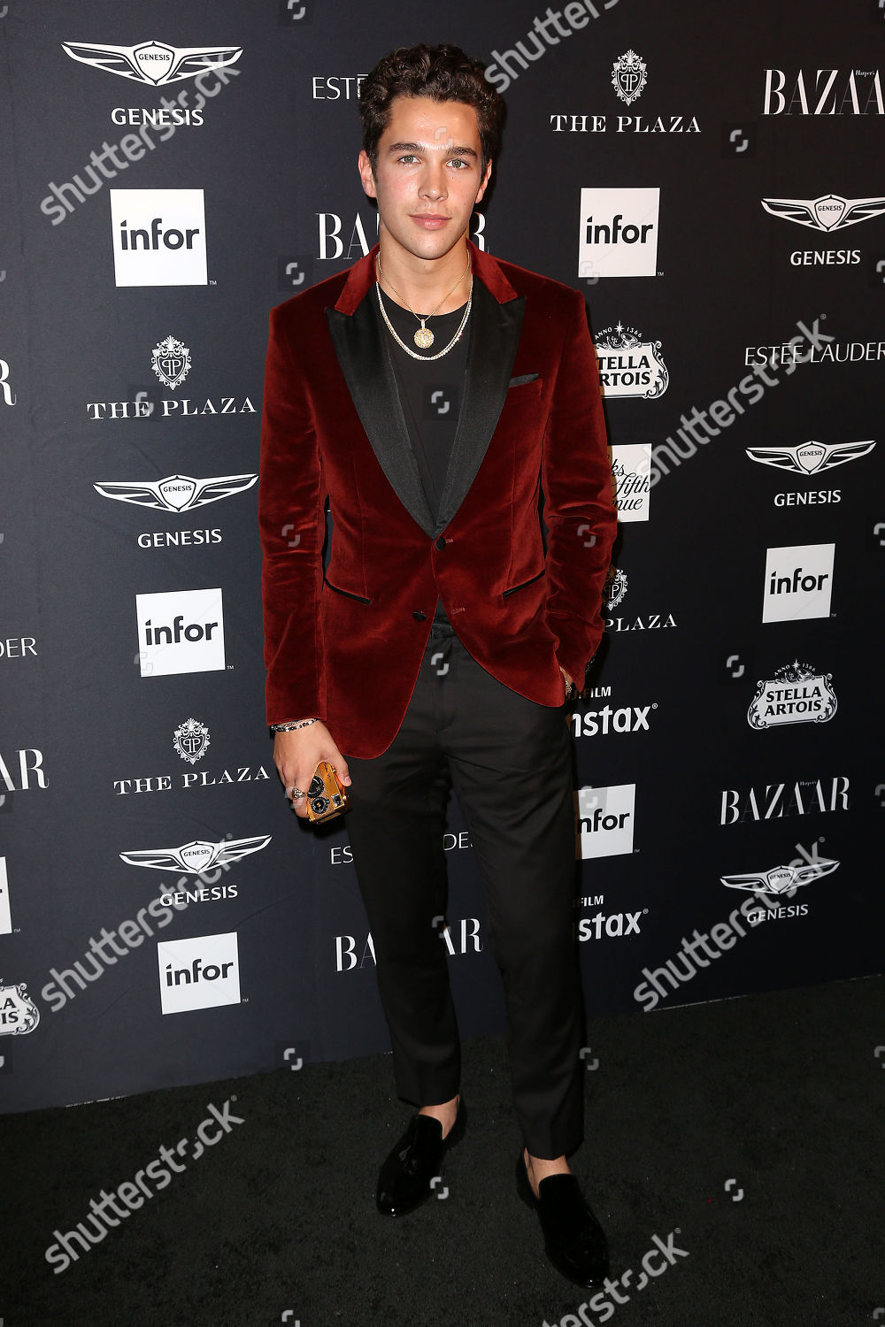 Who is austin mahone dating now 2019