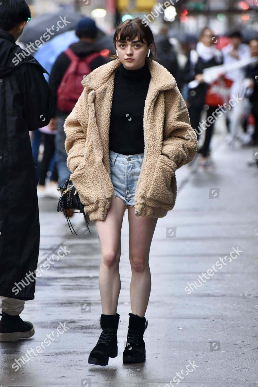 Maisie Williams nudes (72 gallery), video Fappening, iCloud, braless 2018