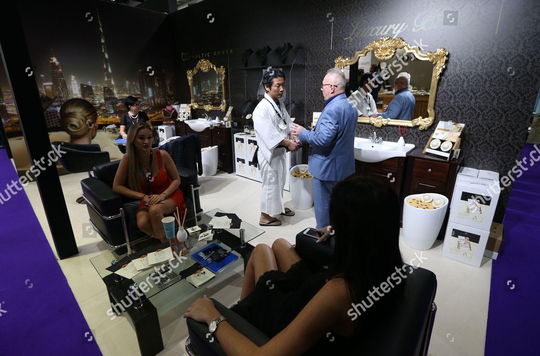 exhibitor BackR explains visitorBackL Hotel Show Dubai