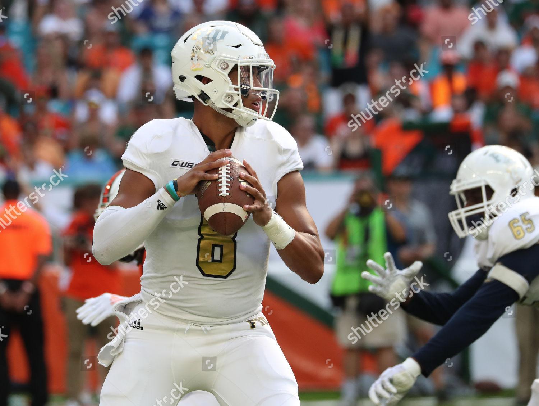 Fiu Panthers Quarterback Christian Alexander 8 Action Editorial