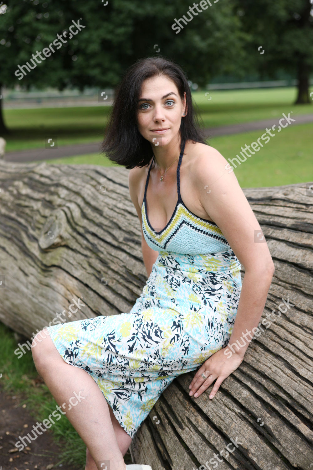 Neve McIntosh Nude Photos 21