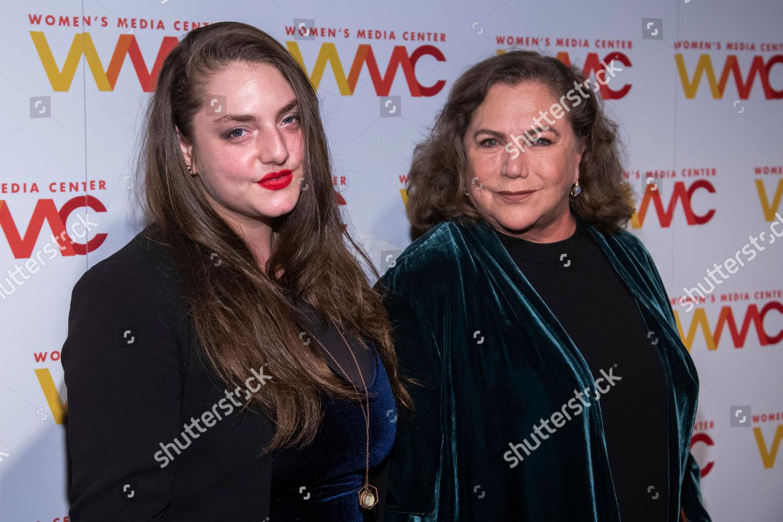 Rachel Ann Weiss.Rachel Ann Weiss Kathleen Turner Rachel Ann Editorial Stock