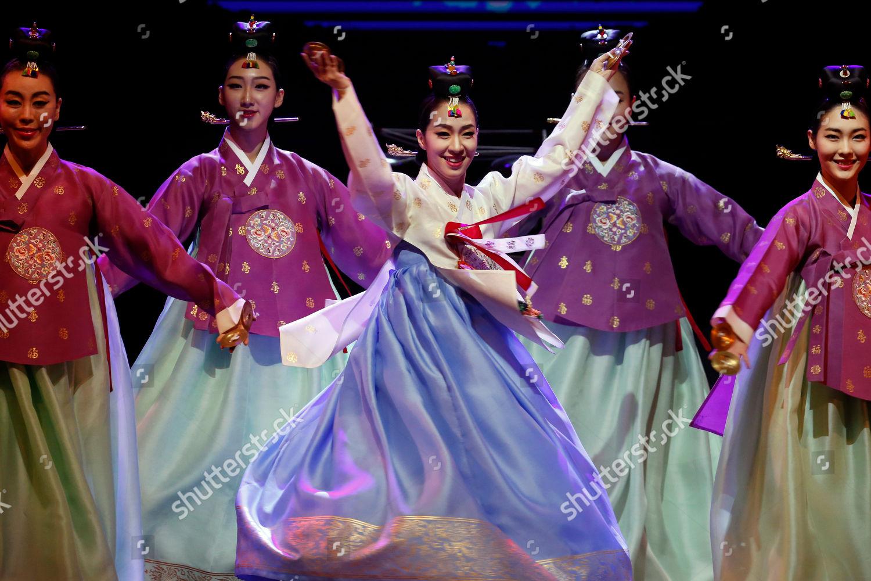 Artists KWind Soul Beat Korean cultural performance