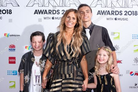 Kasey Chambers and family