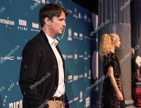 Josh Hartnett and Tamsin Egerton