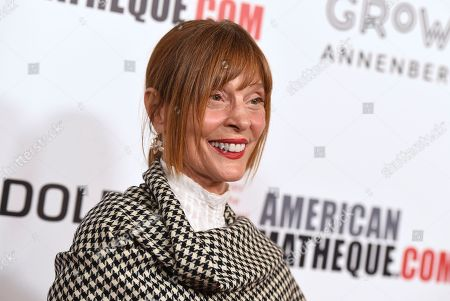 Stock Image of Leigh Taylor-Young arrives at the American Cinematheque Award ceremony honoring Bradley Cooper, at the Beverly Hilton Hotel in Beverly Hills, Calif