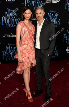 """Dave Annable, Odette Annable. Dave Annable and his wife Odette pose together at the premiere of the film """"Mary Poppins Returns"""" at the Dolby Theatre, in Los Angeles"""