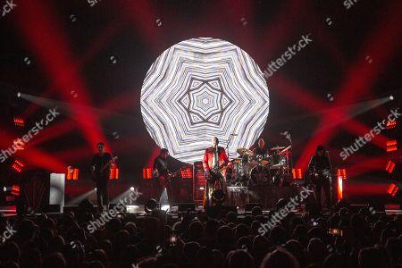 The Smashing Pumpkins - Jeff Schroeder, Jack Bates, Billy Corgan, Jimmy Chamberlin and James Iha