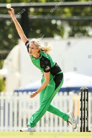 Holly Ferling of Melbourne Stars bowls during the Perth Scorchers vs Hobart Hurricanes Women's Big Bash League match at the CitiPower Centre, St.Kilda, Melbourne. Picture by Martin Keep