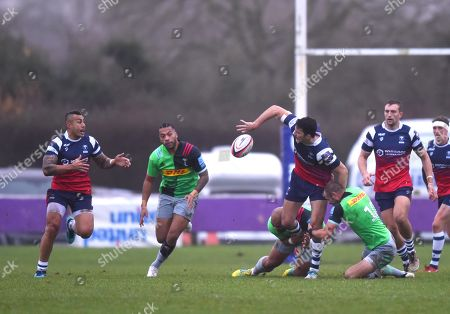 Leonardo Sarto of Bristol Bears United off loads the ball