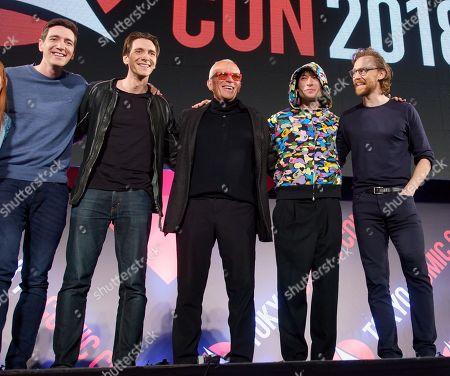Thomas Hiddleston, Ezra Miller, Peter Weller, Oliver Phelps, James Phelps