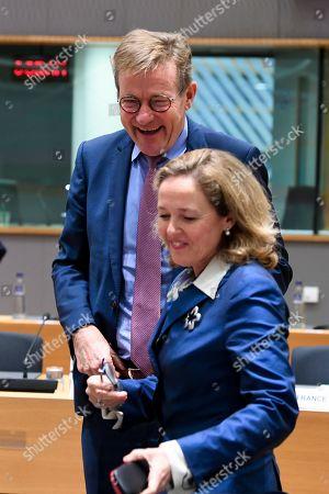 Johan Van Overtveldt, Nadia Calvino