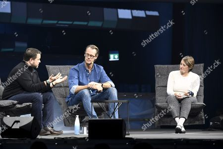 From left, COO at PayPal Bill Ready, Co-founder & CEO of iZettle Jacob de Geer and Editor at TechCrunch, Ingrid Lunden