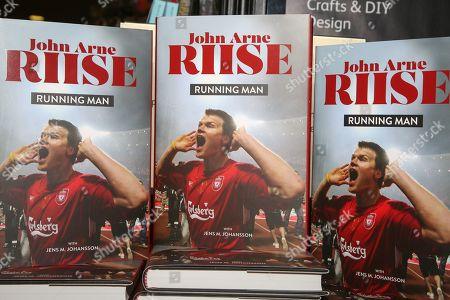 'Running Man' book at Waterstones Leadenhall Market.