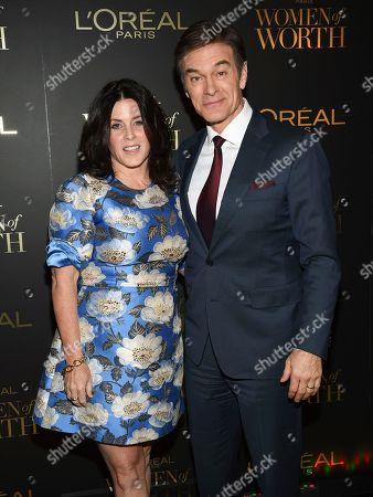 Lisa Oz, Mehmet Oz. Dr. Mehmet Oz and wife Lisa Oz attend the 13th annual L'Oreal Women of Worth Awards at The Pierre Hotel, in New York