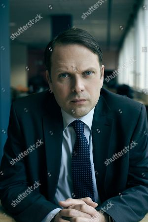 Nicholas Burns as DI Richard Ambrose.
