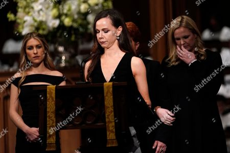 Granddaughter Barbara Pierce Bush (C) reads scripture during funeral service for former US President George H.W. Bush at St. Martin's Episcopal Church in Houston, Texas, USA, 06 December 2018. Bush died at the age of 94 on 30 November 2018 at his home in Texas. George H.W. Bush was the 41st President of the United States (1989-1993).