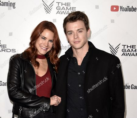 Courtney Hope, Chad Duell
