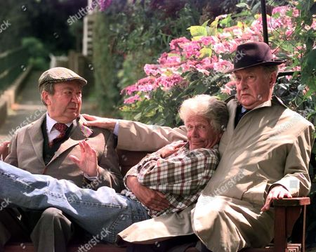 Tom Owen Son Of The Late Bill Owen (compo) Is To Play His Long Lost Son Tom Simmonite In Next Years Series Of Last Of The Summer Wine. Pictured With L: Clegg (peter Sallis) And R: Truly (frank Thornton)