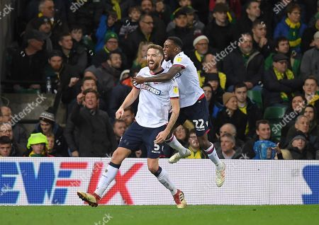 Mark Beevers of Bolton Wanderers celebrates his goal with team-mate Lloyd Dyer of Bolton Wanderers, 2-2