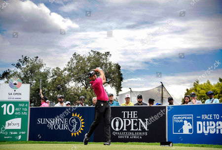 Charl Schwartzel (C) of South Africa watches his shot during the South African Open Golf Championship at the Randpark Golf Club in Johannesburg, South Africa, 08 December 2018.
