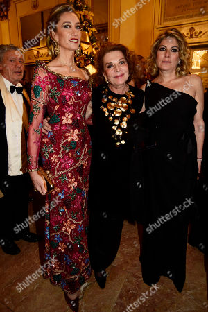 Stock Photo of Laura Morino with Giliola and Raffaella Curiel