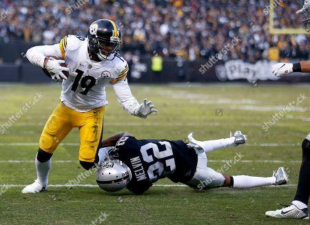 Pittsburgh Steelers v Oakland Raiders