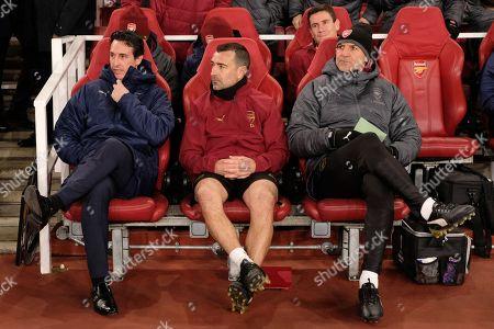 Arsenal head coach Unai Emery and Steve Bould in Arsenal dug out