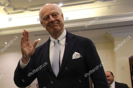 Outgoing United Nations envoy for Syria Staffan De Mistura waves to the journalists before a meeting with Jordan Foreign Minister Ayman Safadi, at the Foreign Ministry in Amman, Jordan, 10 December 2018. De Mistura announced in October he would step down at the end of November from his post as Special Envoy for Syria.