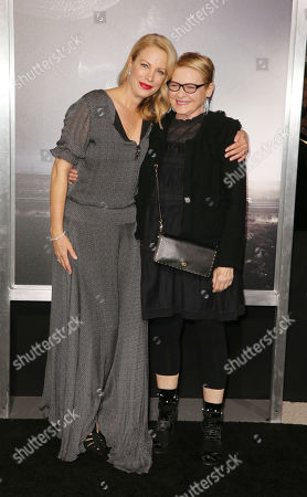 Alison Eastwood and Dianne Wiest