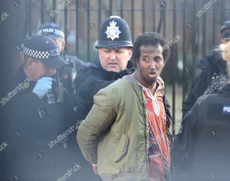 Parliament intruder arrested, London