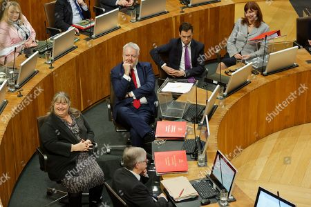 First Minister for Wales Carwyn Jones (2nd L)