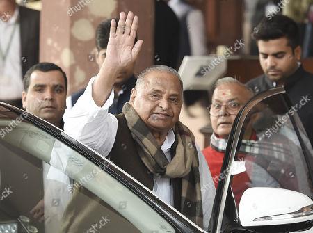 Samajwadi Party leaders Mulayam Singh Yadav