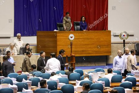 Philippine Senate President Vicente Sotto (C-L) and House of Representatives Speaker Gloria Macapagal Arroyo (C-R) preside over the joint session at the Philippine Congress in Quezon City, Philippines, 12 December 2018. According to media reports, Martial Law will extend in Mindanao until 31 December 2019 after Congress approved the request of Philippine President Rodrigo Duterte.