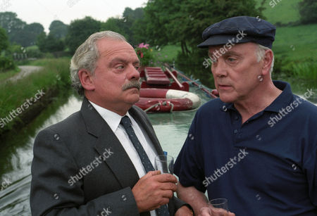 'A Touch of Frost'  TV - 1997 - True Confessions - Kenneth Cope as Charlie Fairclough and David Jason as D.I. Jack Frost.