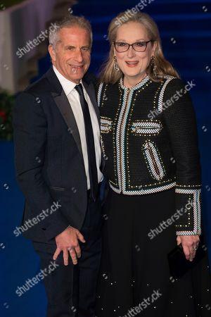 Marc Platt, Meryl Streep. Marc Platt and Meryl Streep pose for photographers upon arrival at the 'Mary Poppins Returns' premiere in London