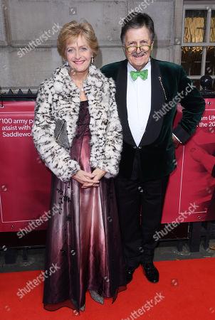Tim Wonnacott and wife