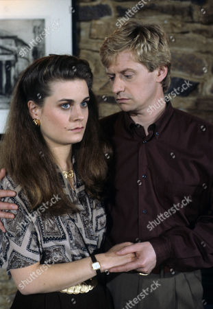 Stock Photo of 'A Touch of Frost'  TV - 1992 - Not with Kindness - Amanda Elwes as Alex Compton and Dominic Jephcott as George Compton.